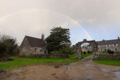 La chapelle sous un arc en ciel