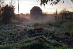 Le pigeonnier dans la brume